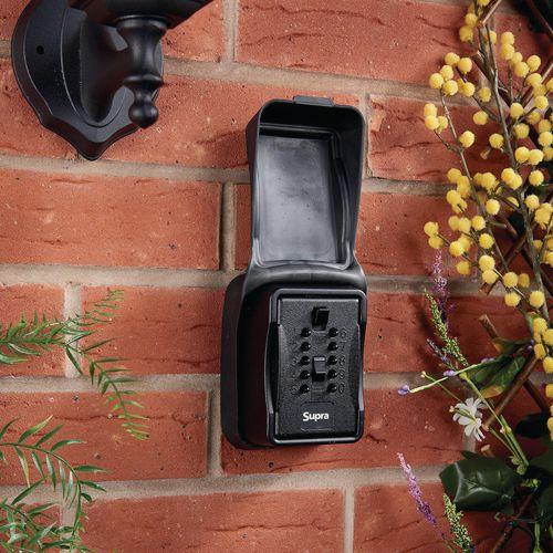 Push button key safes