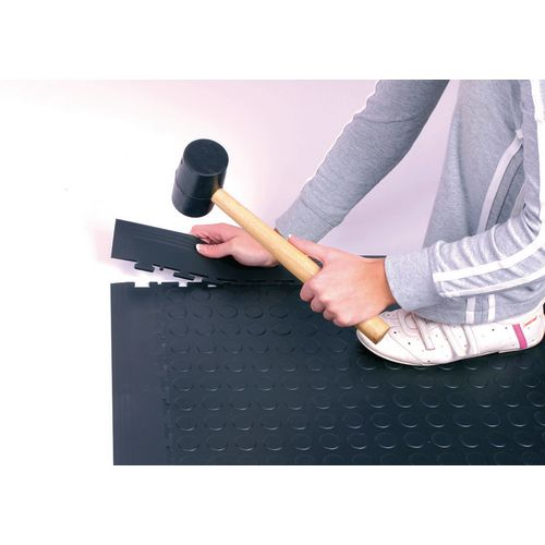 Edges and corners for 4.5mm and 7mm studded floor tiles