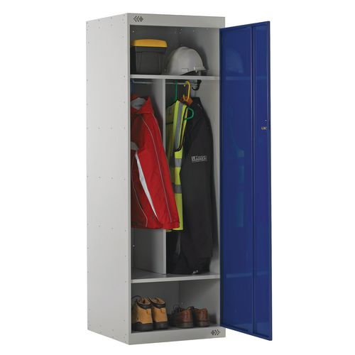 Large capacity uniform lockers with central divider