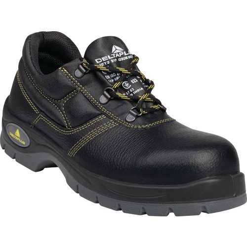 Black safety shoes S1P SRC